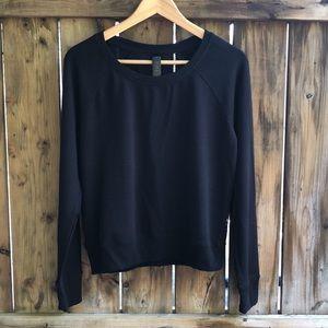 YOGALICIOUS Large black mesh back sweater shirt